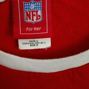 eb099355 Tampa Bay Buccaneers women's red NFL shirt Sz Med
